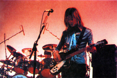 James w/ Rickenbacker 360