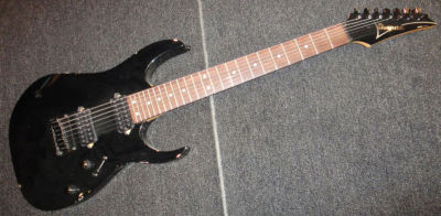 Billy's Ibanez RG-series (ebay pic)